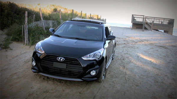2013 Hyundai Veloster Turbo - front view - beach shot